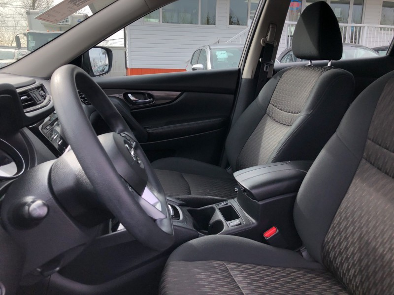 2017 NISSAN ROGUE No Accidents, Bluetooth, Heated Seats, Eco/Sport