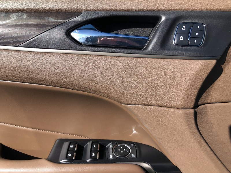 2018 LINCOLN MKC Self Parking, Intelligent AWD, Panoramic Sunroof