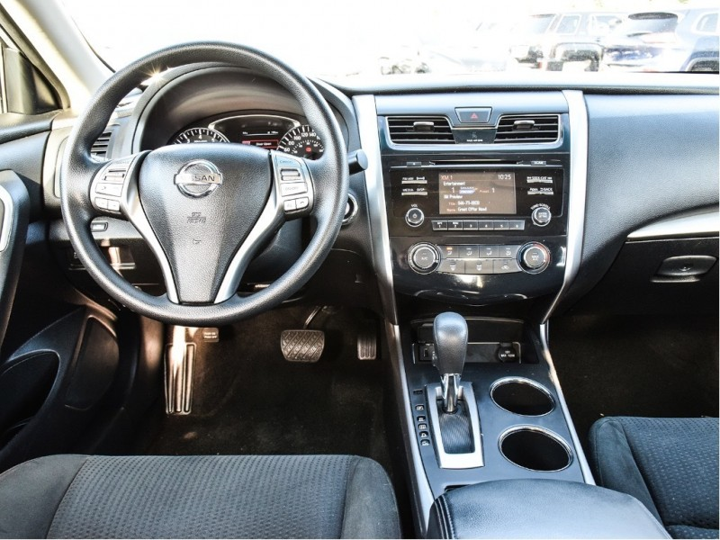 2015 NISSAN ALTIMA Bluetooth, Fog Lights, No Accidents, Easy to Drive